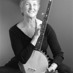 Peggy Seeger 1, small- theatre bath