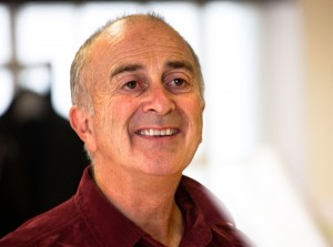 The Hypochondriac - Tony Robinson in rehearsal - Photo credit Simon Annand - (ref53a)