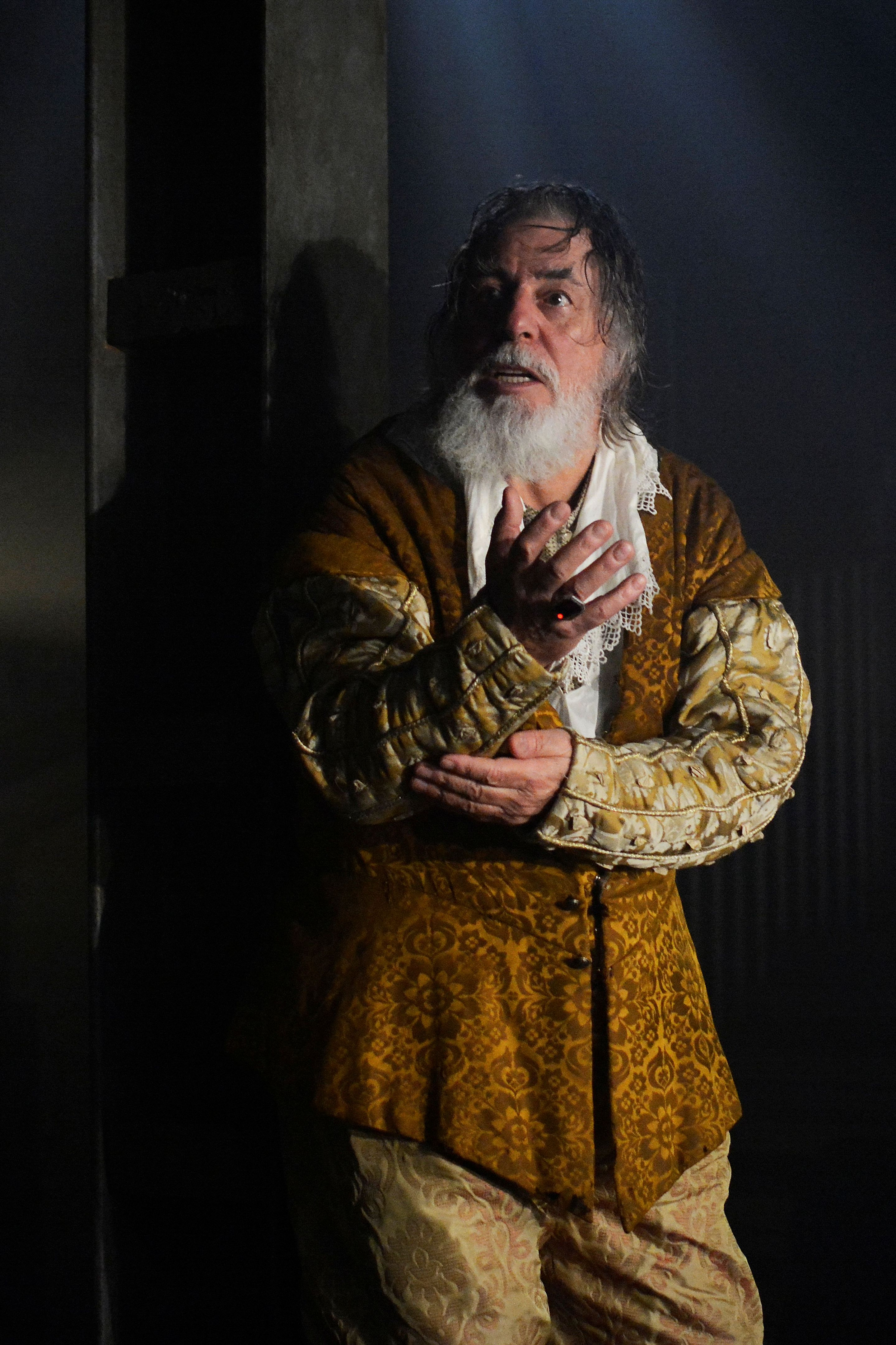King Lear - Barrie Rutter as King Lear - Photo credit Nobby Clark - Theatre Royal Bath- TheatreBath