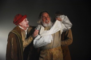 King Lear - Fine Time Fontayne as Fool and Barrie Rutter as King Lear -  Photo credit Nobby Clark - Theatre Royal Bath- Theatre Bath